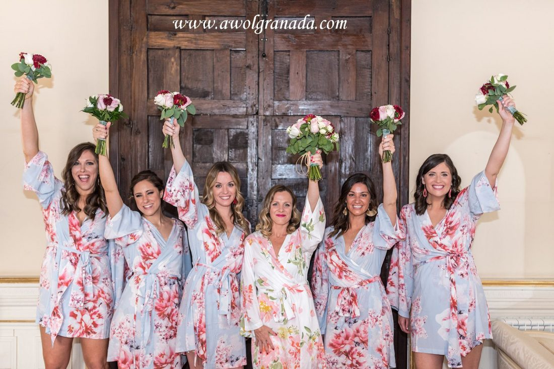 AWOL Granada Wedding Planner Spain Bride, Bridesmaids and their Bouquets