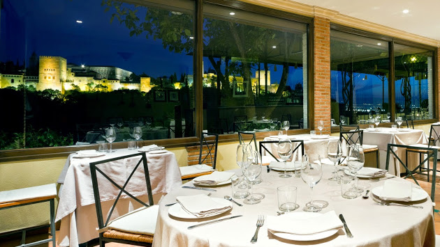 Dinner With Stunning View