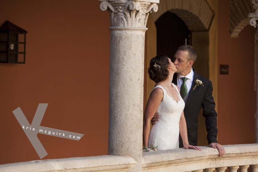 The Bride and the Groom kissing. Hotel Palacio de Santa Paula, Weddings, Granada, Spain.