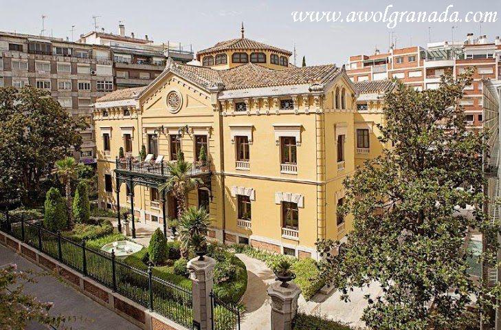 Palacio de los Patos exterior Building.