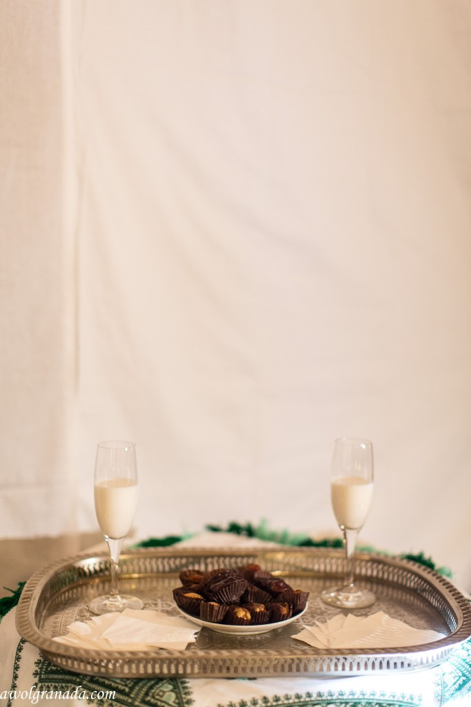 Tray with milk & dates for the Morrocan Ceremony