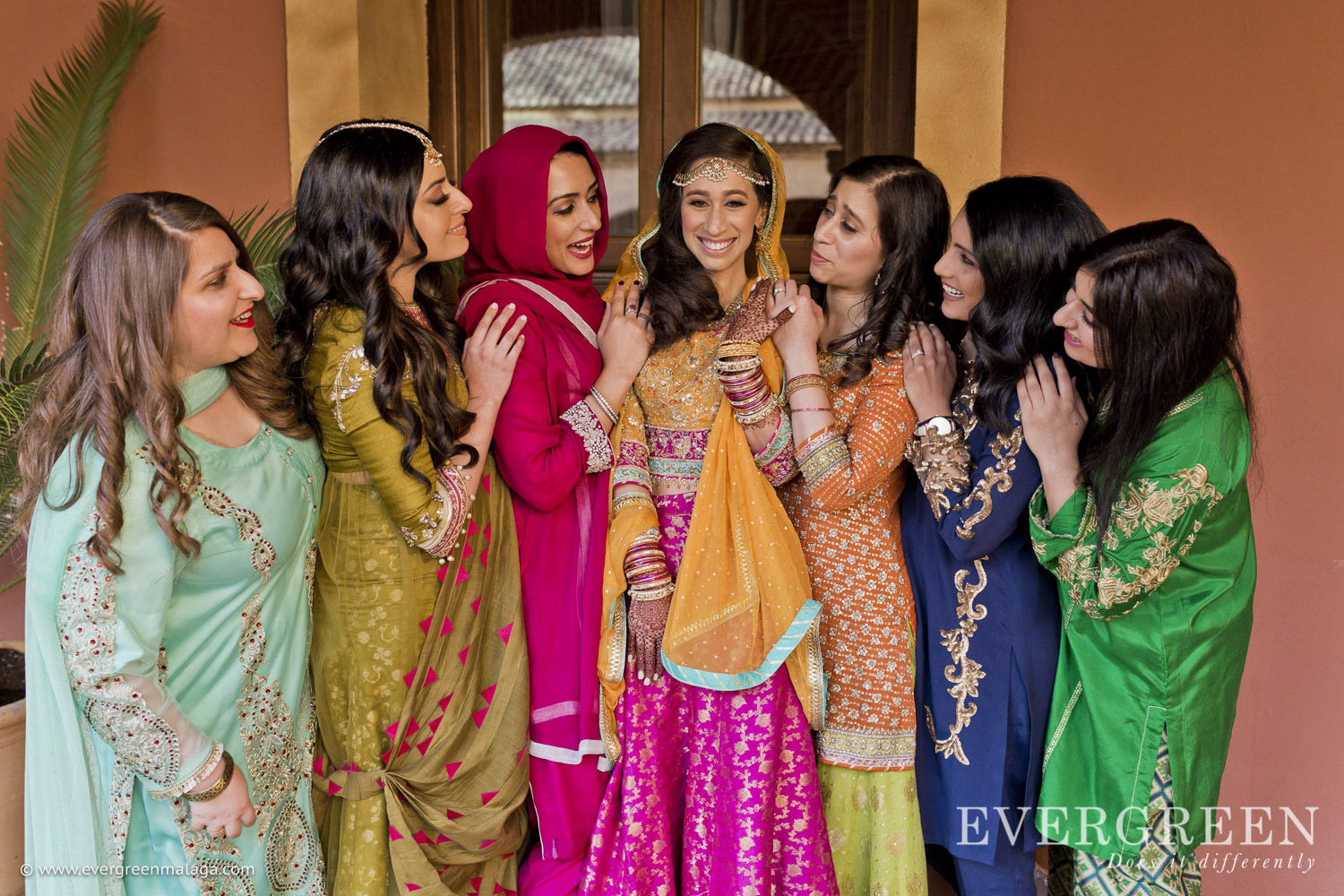 AWOL Granada, Wedding Planner, Spain, Indian Wedding, Henna Party - The Girls