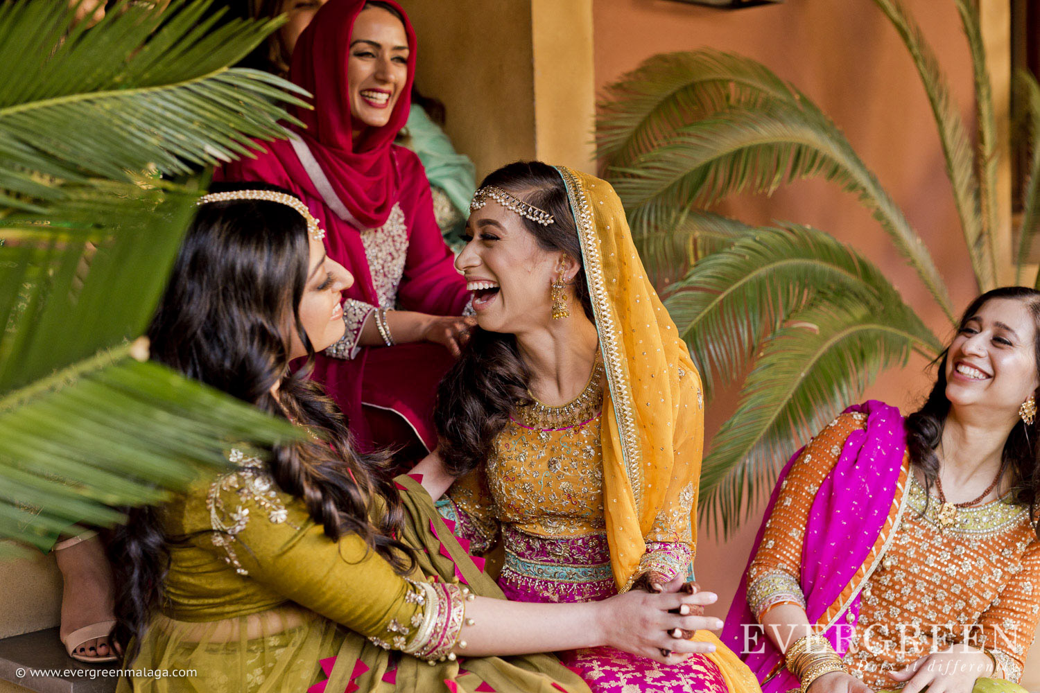 AWOL Granada, Wedding Planner, Spain, Indian Wedding, Ladies having fun