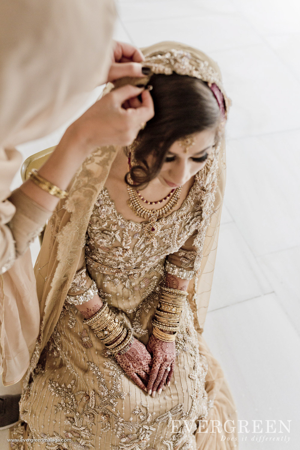 AWOL Granada, Wedding Planner, Spain, Indian Wedding, Preparing the Bride