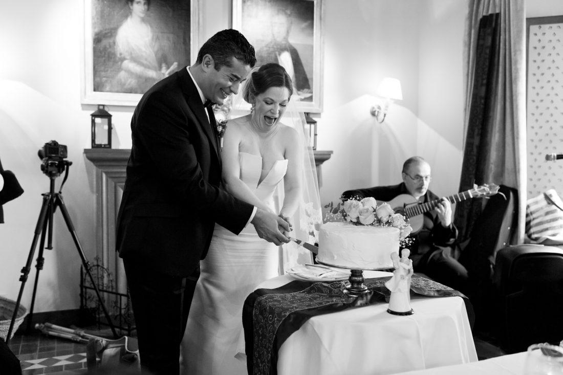 AWOL Granada, Wedding Planners, Spain, Parador de Granada, Cutting of the Cake