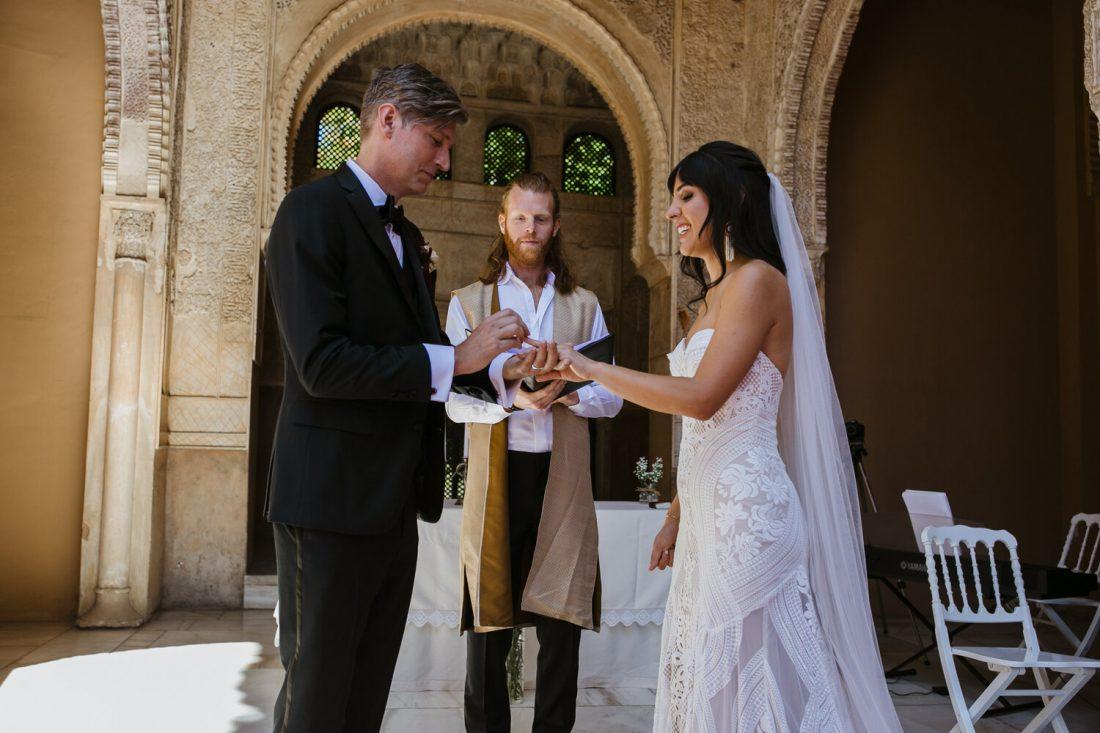 Exchanging Rings - Awol Granada Wedding Planner Spain