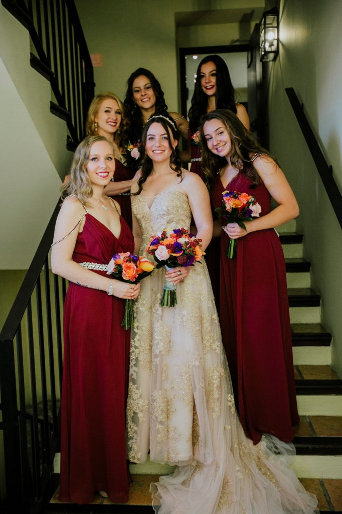 The Bride & her Bridesmaids.