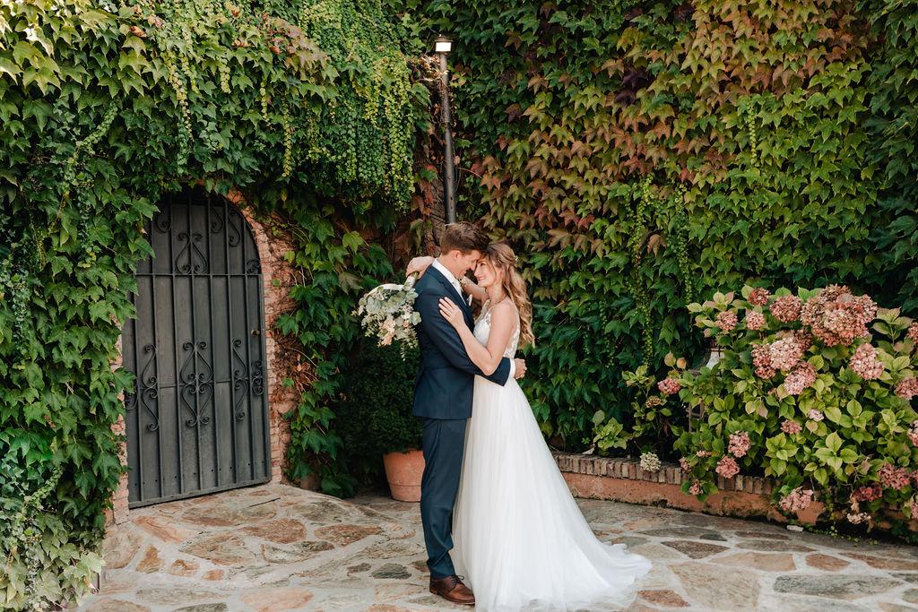 In love - AWOL Granada Wedding Planner Spain